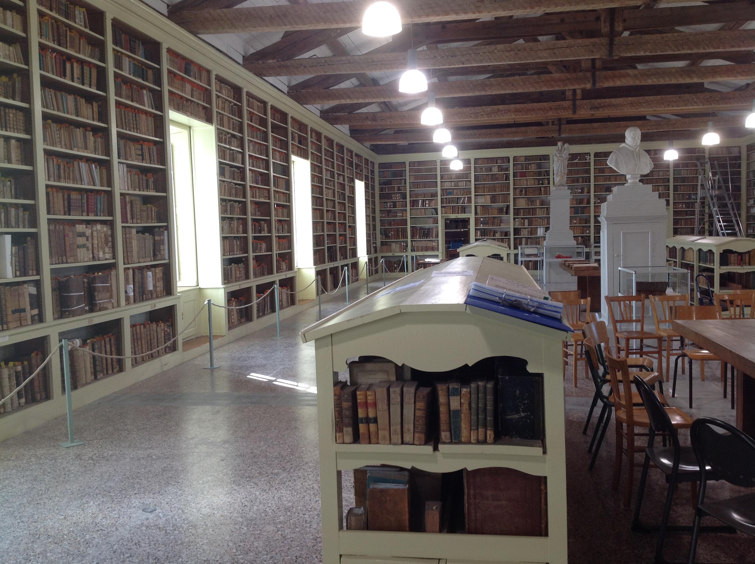 Le 19.10 Visite de la bibliothèque de séminaire de Viviers