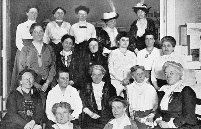 Les femmes : des pionnières aux professionnelles : le long chemin des femmes à la conquête de la Mèdecine – Salle PRETEXTE, le 01.04 à 18 h.
