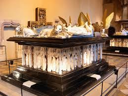 La restauration du tombeau des Ducs de Bourgogne (Benoit Lafay) à DIEULEFIT SANTE 16 H 30.