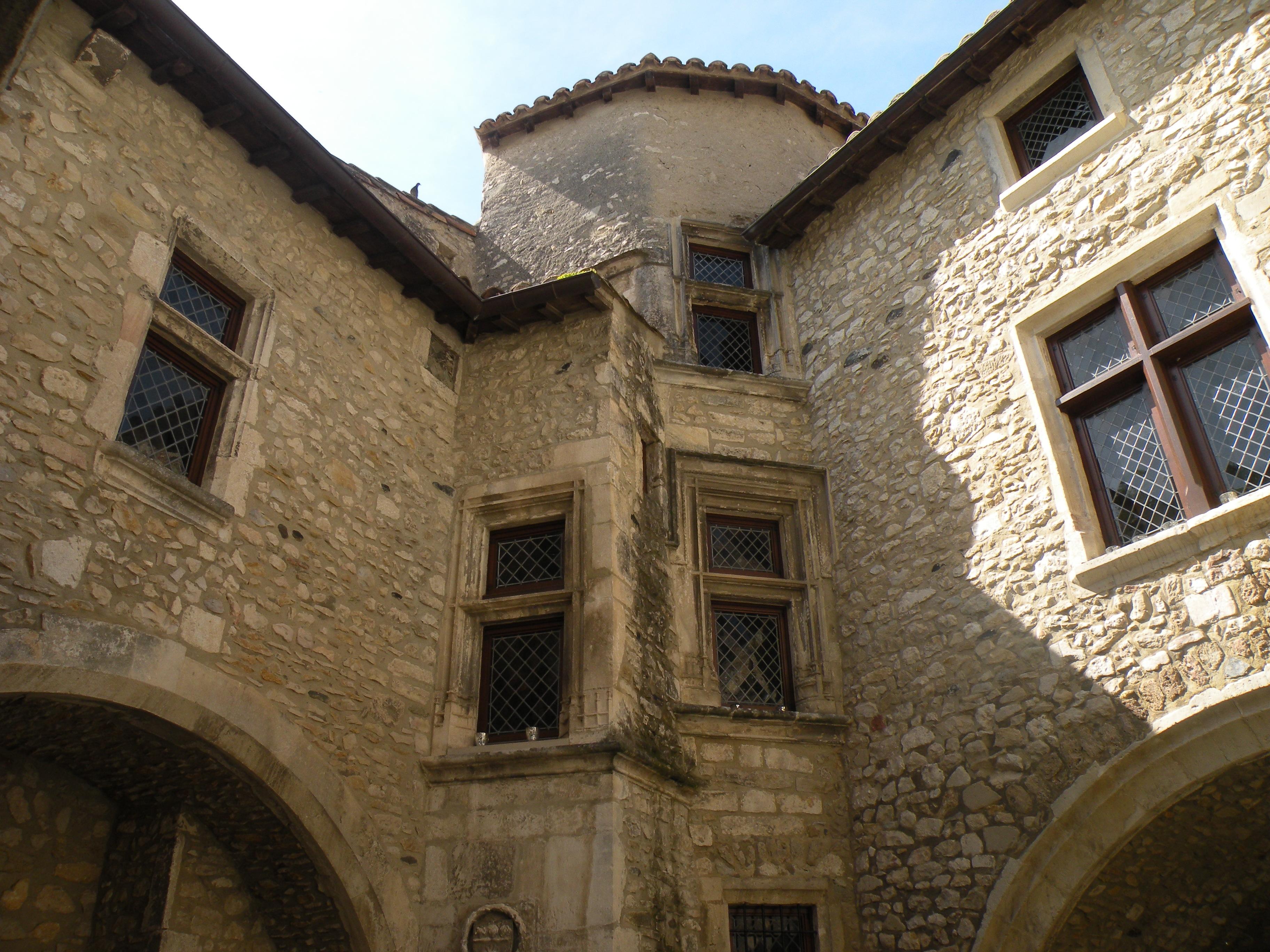 Une des belles maisons du centre ancien.