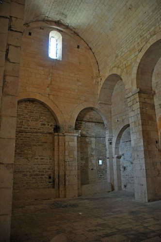 Intérieur de l'Eglise San Samonta