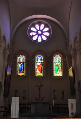 Intérieur de l'église Sainte Marie Madeleine